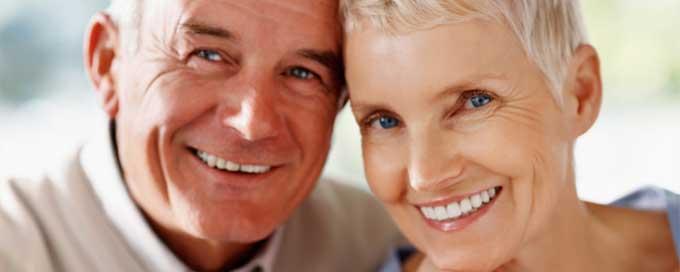чем лечить натертости от зубных протезов