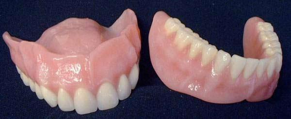 пластмассовые зубные протезы съемные