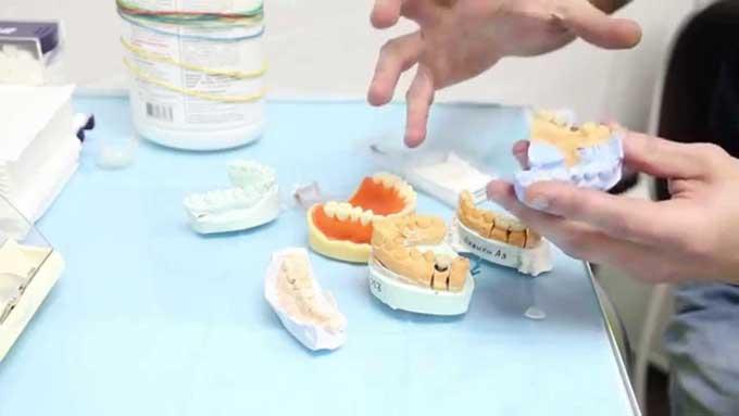зубная паста для протезов