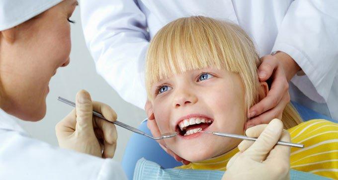 Чем лечить воспаление миндалин у детей фото