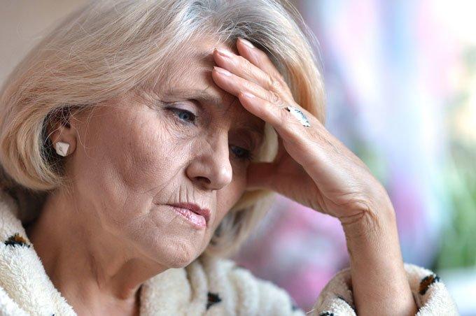 развитие адентии у пожилых людей