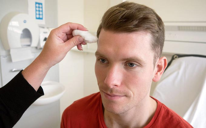 При воспалении тройничного нерва может болеть голова